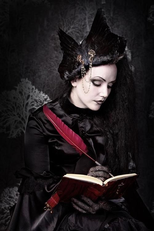 Lady Amaranth, head piece by Sword and Borough [source]