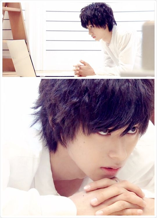 "L from Ep.8, Aug/23/'15   [Preview, Ep.9 #1/2] https://www.youtube.com/watch?v=2G-zqeRC5Vg  Kento Yamazaki, Masataka Kubota, Hinako Sano.  J drama series ""Death Note"",   [Ep. w/Eng. sub] http://www.dramatv.tv/search.html?keyword=Death+Note+%28Japanese+Drama%29"