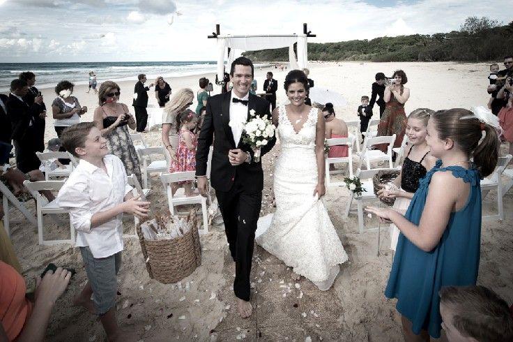 Beach wedding Stradbroke Island Photography - North Stradbroke Island - Wedding Gallery