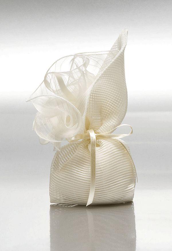 ΜΠΟΜΠΟΝΙΕΡΕΣ ΓΑΜΟΥ ΠΟΥΓΚΙ-ΚΡΙΝΟΣ - Είδη γάμου & βάπτισης, μπομπονιέρες γάμου | Tresjoliebyfransis