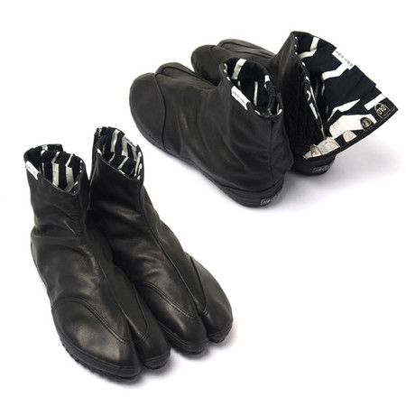 Japanese Style Shoes Men Split Fingers