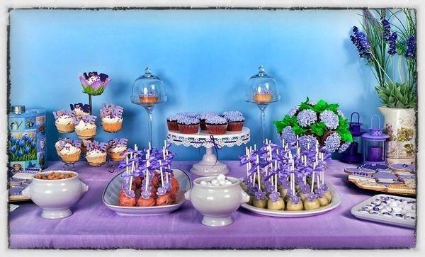 Violet dessert table