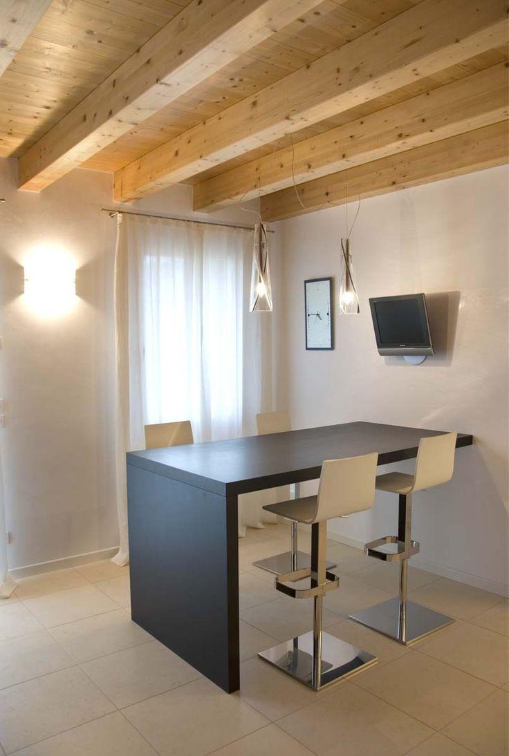 Abitazione privata #illuminazione #penisola #cucina #Ligting #Design