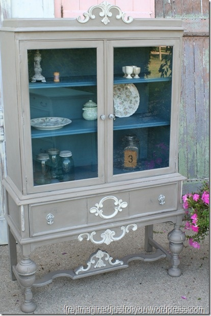 antique china hutch - I like the neutral with the pop of blue