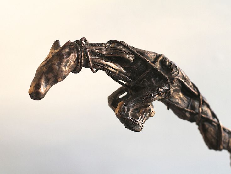 Lasse Nissilä: The Artist's Horse, 2013. Bronze.