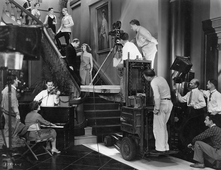 The Mysterious Lady (1928).  Fred Niblo  Cinematography: William Daniels Photo by: James Manatt