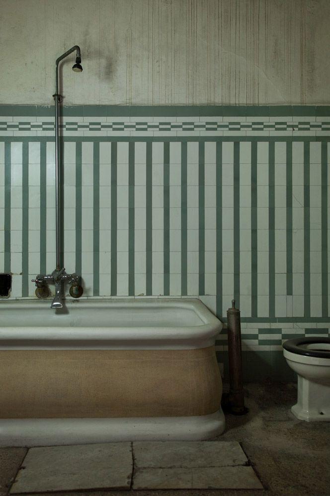 """Milan art deco """"daytime hotel"""""""