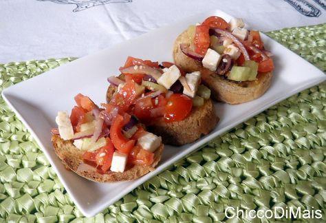 Bruschette alla greca ricetta estiva il chicco di mais http://blog.giallozafferano.it/ilchiccodimais/bruschette-alla-greca-ricetta-estiva/
