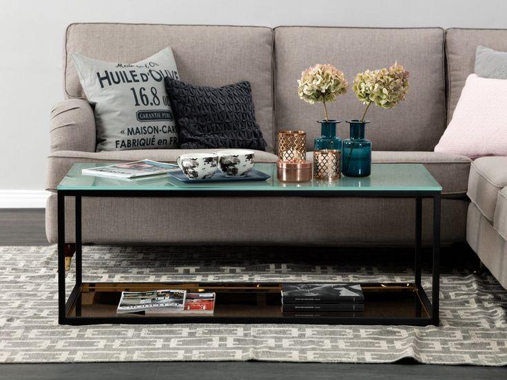 MASON Soffbord 120 Frostglas/Koppar - Svart soffbord med skiva i frostat glas och kopparpläterad bricka. Mått: L120 B60 H44,5 cm.