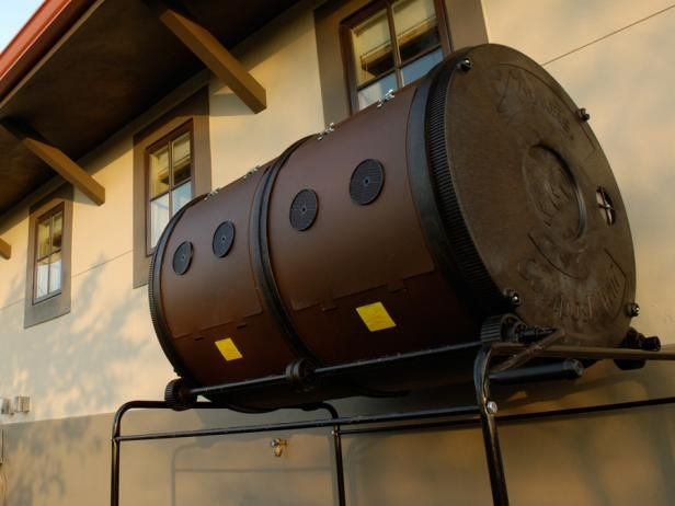 Get advice for choosing and using a compost barrel for your garden.