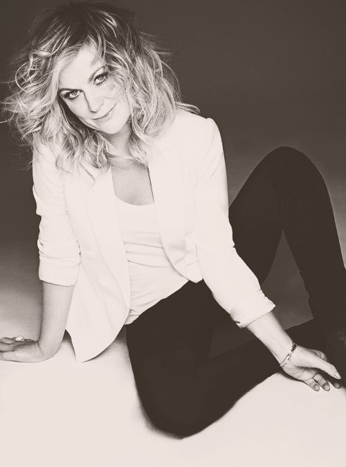 """Amy Poehler   """"I want to be around people who dream, and support, and do things."""""""