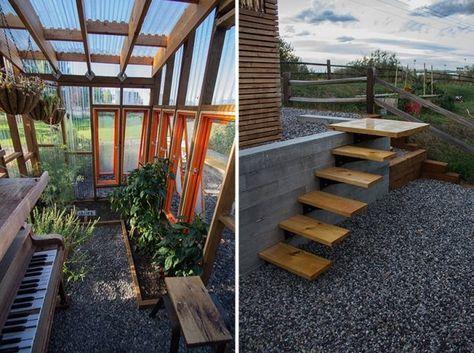 Gewächshaus gestalten-mit Kiesweg verglaste wände glasdach