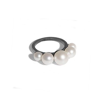 Jane Koenig Pearl ring