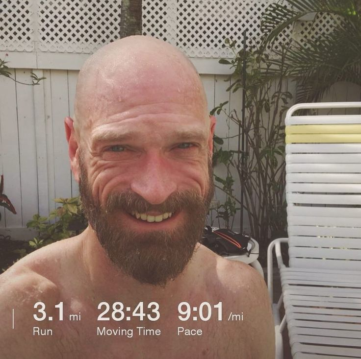 That was awesome but so hot. Even with the sea breeze it's been awhile for this temperature. Pushed hard and had to stop for 2 stop lights that slowed my average. Felt great for a post run plunge at the pool.  #run #running #workout #togetherwesweat #selfie #justfrank #florida #fl #ftlauderdale #ftlauderdalebeach #fortlauderdale #fortlauderdalebeach #fall #october #2017 #vacation #weekend #weekendgetaway