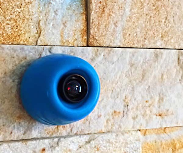 Small, wearable, smart security camera, equipped with motion sensor  tracker. Joggy will easily detect burglars inside your home and will alert you immediately.
