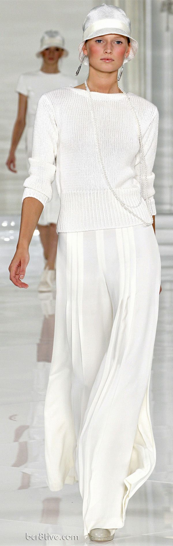 Commemorating a Classic & Timeless Collection – Ralph Lauren Spring Summer 2012 Haute Couture  Casual but so chic !