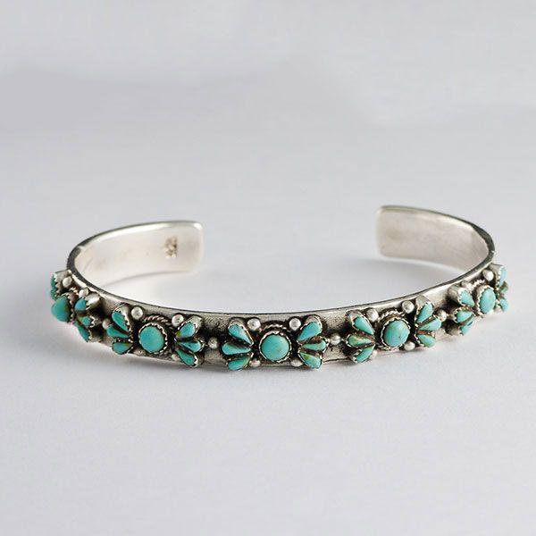 One of a kind! #bracelets #silver #turquoise #jewelry #bijuterii Bratara argint cu Turcoaz - ajustabila doar pe www.silverbox.ro
