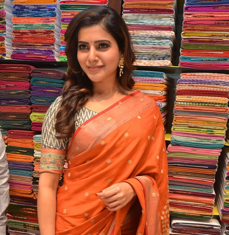 Samantha stills at South India Shopping mall launch