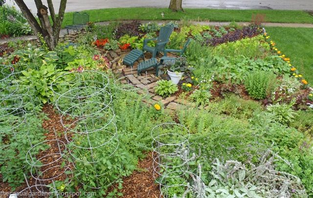 38 Homes That Turned Their Front Lawns Into Beautiful: 1000+ Images About Front Yard Vegetable Gardens On
