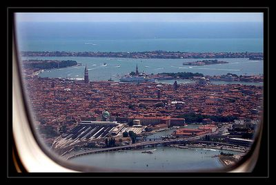 Getting from Marco Polo Airport into Venice