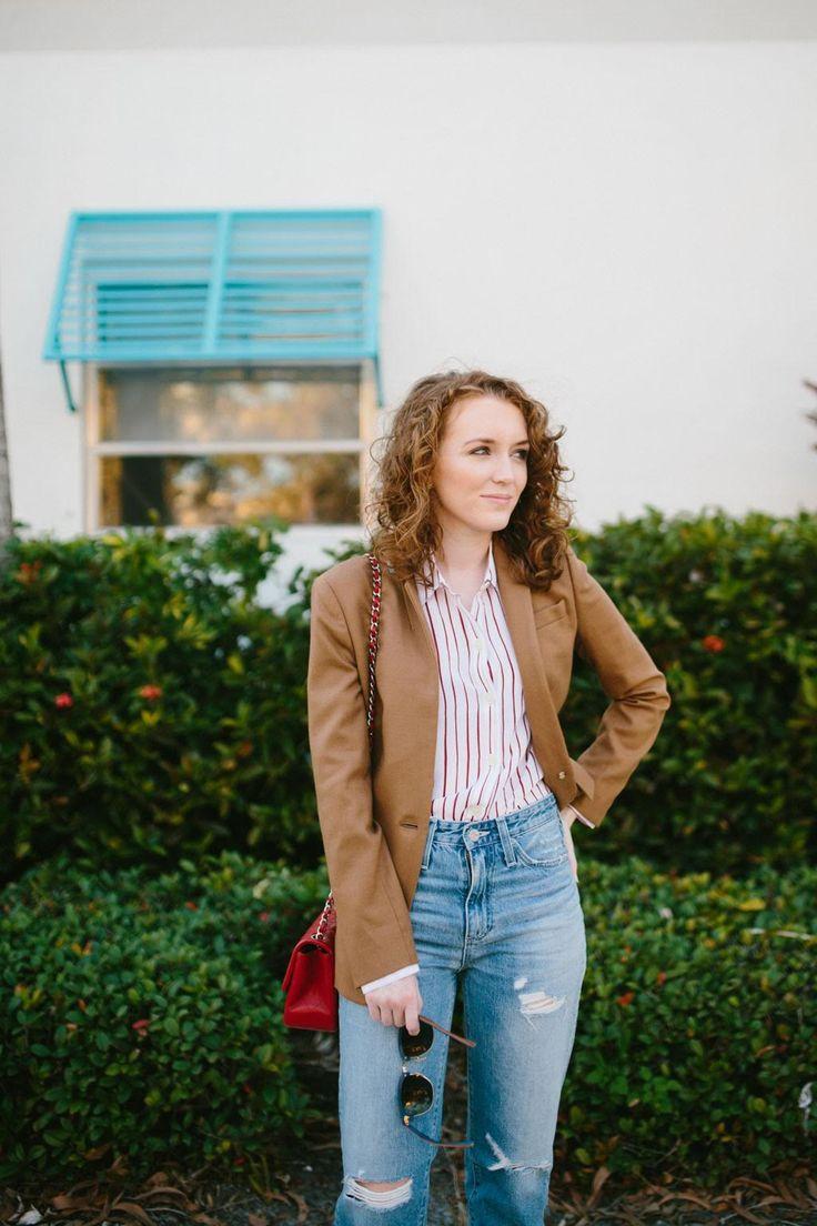 Brown blazer with boyfriend jeans | www.kyleneverywear.com