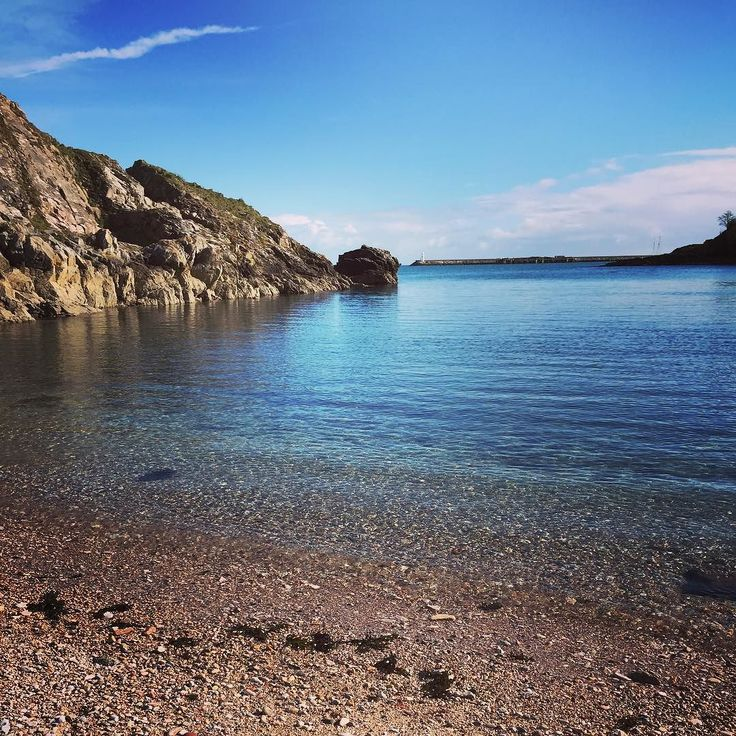 Churston Cove is one of our hidden little gems on The English Riviera! Come and explore!  #BeverleyHolidays #ChurstonCove #Devon #SouthDevon #SouthWest #Paignton #Brixham #Torquay #Beach #Sea #View #Holiday by beverleyholidays