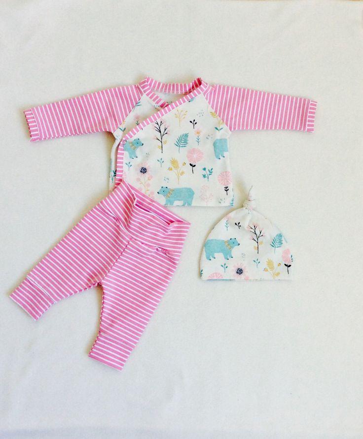 Ropa del bebé orgánico, equipo de hospital bebé muchacha, que traje de casa, traje de kimono, sistema orgánico del bebé, polainas de bebé, recién nacido niña de vagabondzone en Etsy https://www.etsy.com/es/listing/461079420/ropa-del-bebe-organico-equipo-de