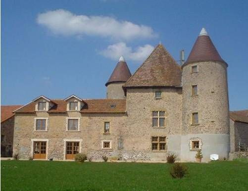 B&B at Varennes near La Clayette between Burgundy and Charolais France