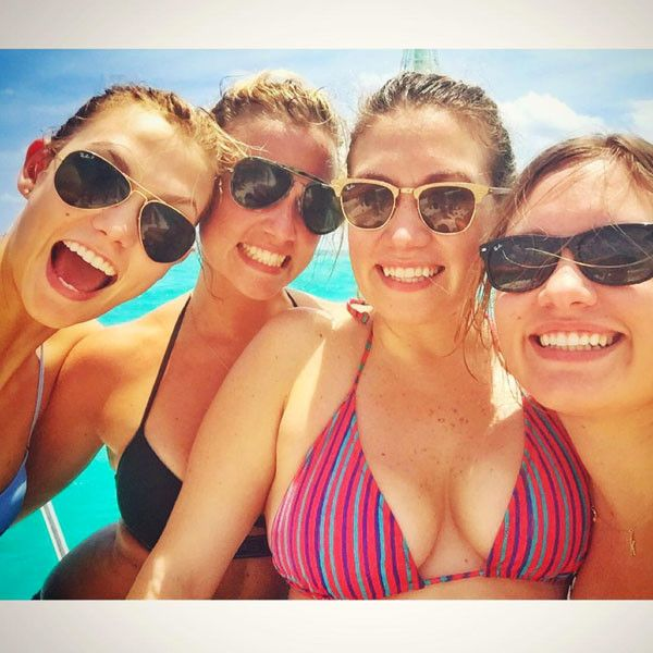 Karlie Kloss and Her Bikini-Clad Sisters Pose for Stunning Pic During Tropical Getaway: Take a Look!