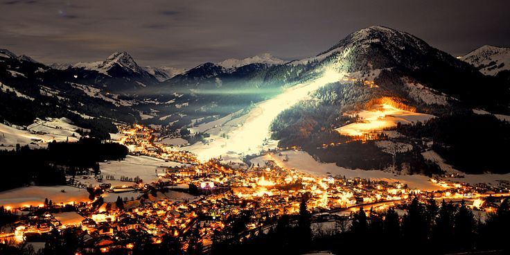 Nachtskilauf: Night-time piste magic on the Gaisberg in Kirchberg, Tirol