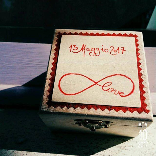 Scatolina portafedi ❤💍❤💍❤ #abracadabra #madeinitaly #fattoamano #amore #love #married #matrimonio #portafedi #anelli #fedi #fedinuziali #infinito #infinity