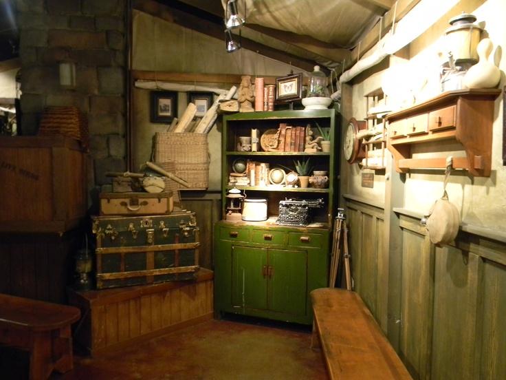 Indiana Jones room http://organizeyourstuffnow.com/wordpress/?p=16366