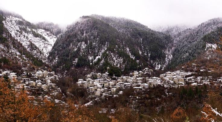 Χωριό Καστάνιανη (Καστανέα), στην Κόνιτσα. [Ένα από τα ομορφότερα χωριά της ελληνικής επικράτειας].