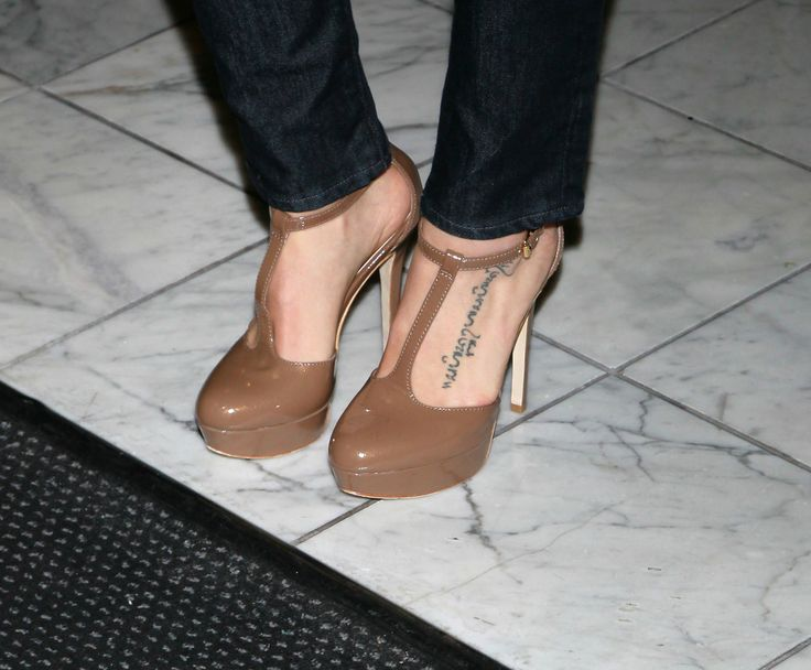 "Jenna Dewan-Tatum Photos Photos - Actress Jenna Dewan (shoe detail)  attends a screening of Samuel Goldwyn Films' ""Elektra Luxx"" at the Charles Aidikoff Screening Room on March 4, 2011 in Beverly Hills, California. - Screening Of Samuel Goldwyn Films' ""Elektra Luxx"" - Arrivals"