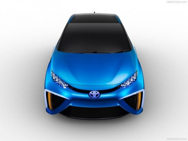 2013 Toyota FCV Concept Front Top 600x450 2013 Toyota FCV Reviews