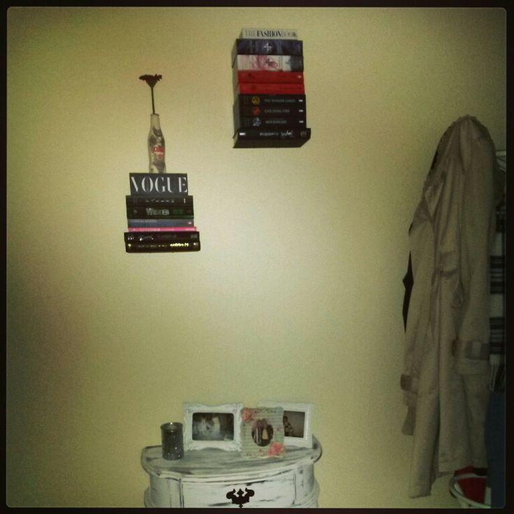 #D.I.Y at home #floatybookshelves #magic