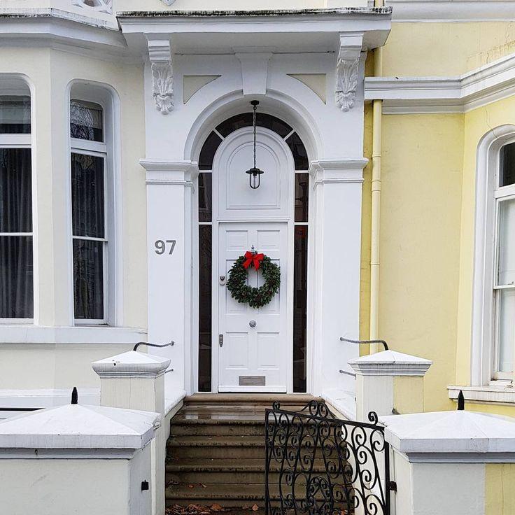 """23 mentions J'aime, 2 commentaires - Les Mamans Winneuses (@lesmamanswinneuses) sur Instagram: """"J'ai trouvé la maison du Père Noël !!! 🎅 Sur le blog vous trouverez un petit article sur Londres à…"""""""