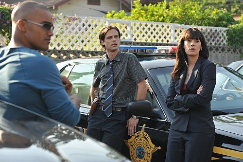 Shemar Moore, Paget Brewster, and Matthew Gray Gubler in Criminal Minds (2005)