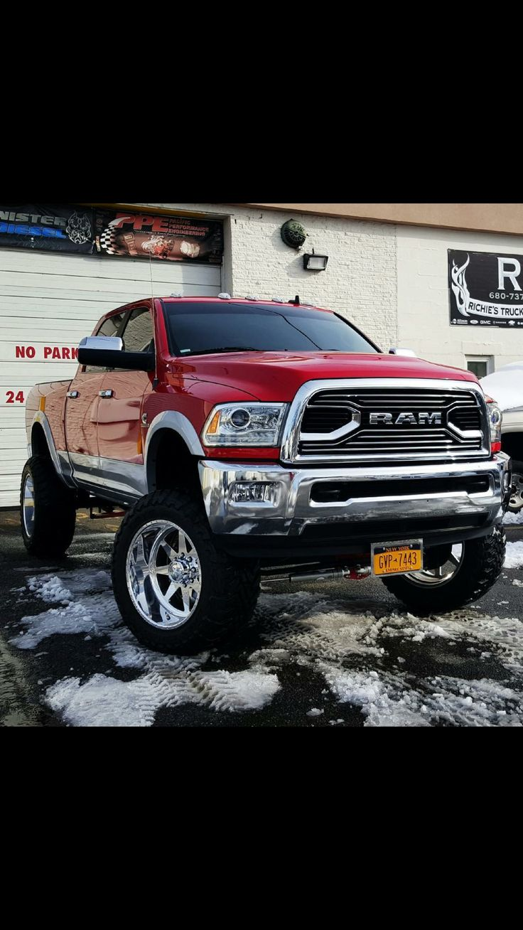 Dodge Ram #winddeflector #windscreens http://www.windblox.com/