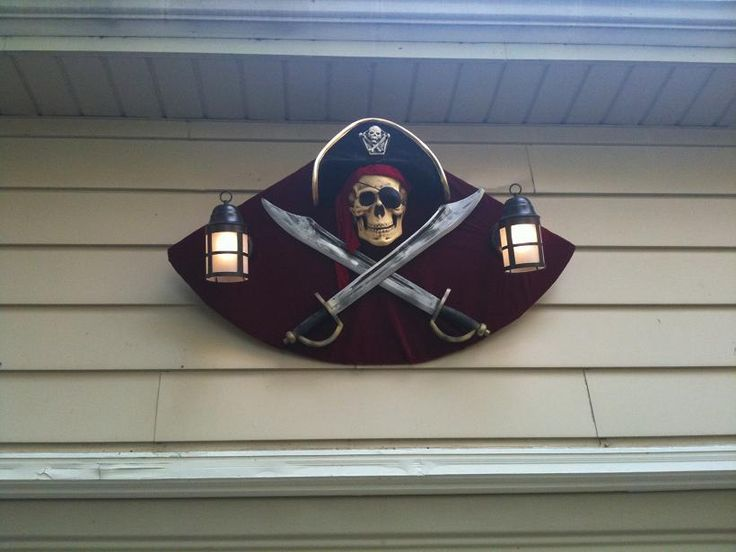 I mounted the pub sign over the garage door.