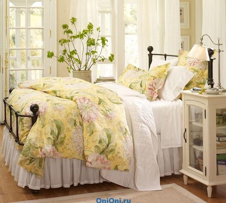 Давайте посмотрим еще одну небольшую подборку - дизайн маленькой спальни. Здесь…