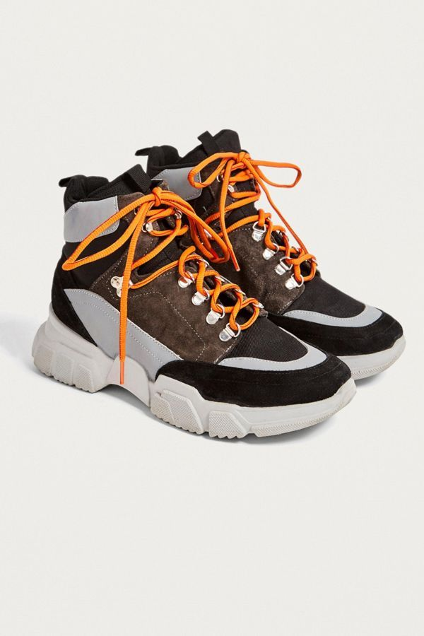 e3cc8ea92fa UO Brooklyn Hybrid Hiker Boot in 2019 | Athleisure | Boots, Bootie ...