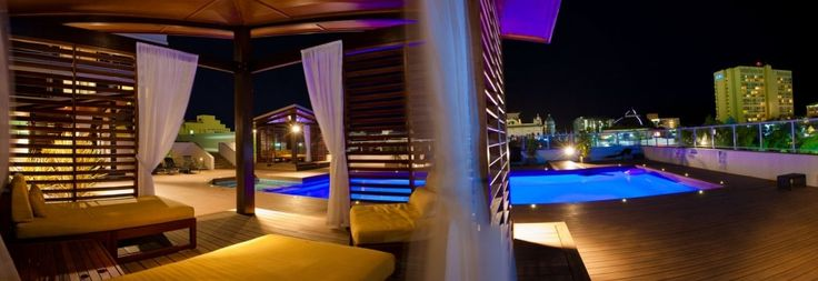 Lilo Bar's Pool Deck, the perfect night out!  Situated on level 3 at Rydges Plaza Cairns on the corner of Grafton & Spence Streets, Cairns.
