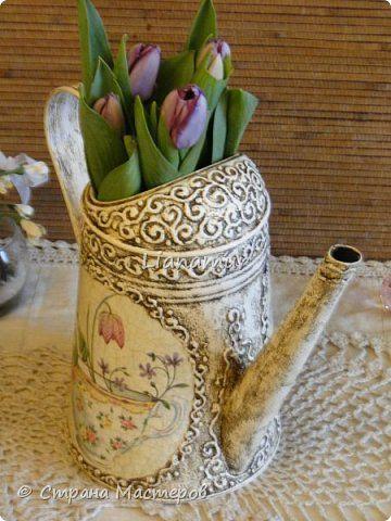 Здравствуйте!!! Яблочки декоративные. Основа папье-маше, сверху лепка из холодного фарфора, вставки стеклышки (марбалсы). Высота 11-13 см. фото 24