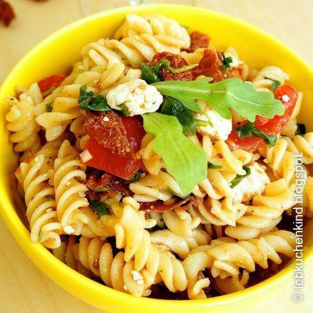 1000 ideas about nudelsalat mit rucola on pinterest pasta salad italian pasta salad and. Black Bedroom Furniture Sets. Home Design Ideas