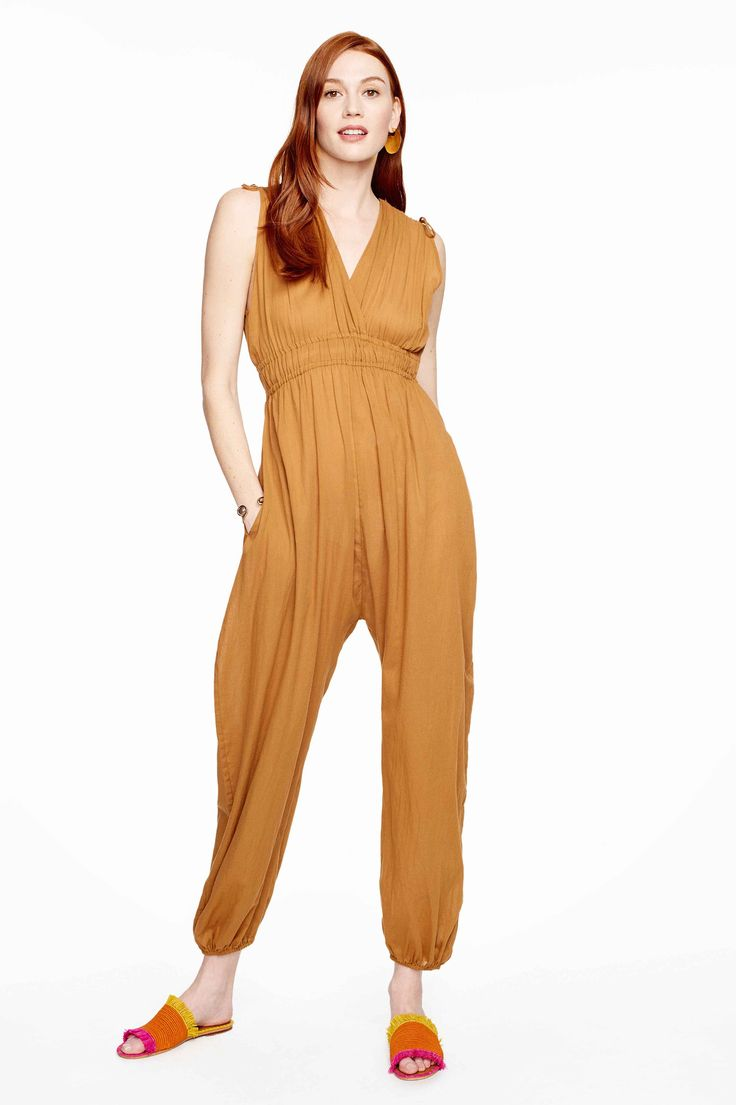 Jumpsuit lovers. Delfines Camel Jumpsuit by Loup Charmant. 100% GOTS organic cotton from India.