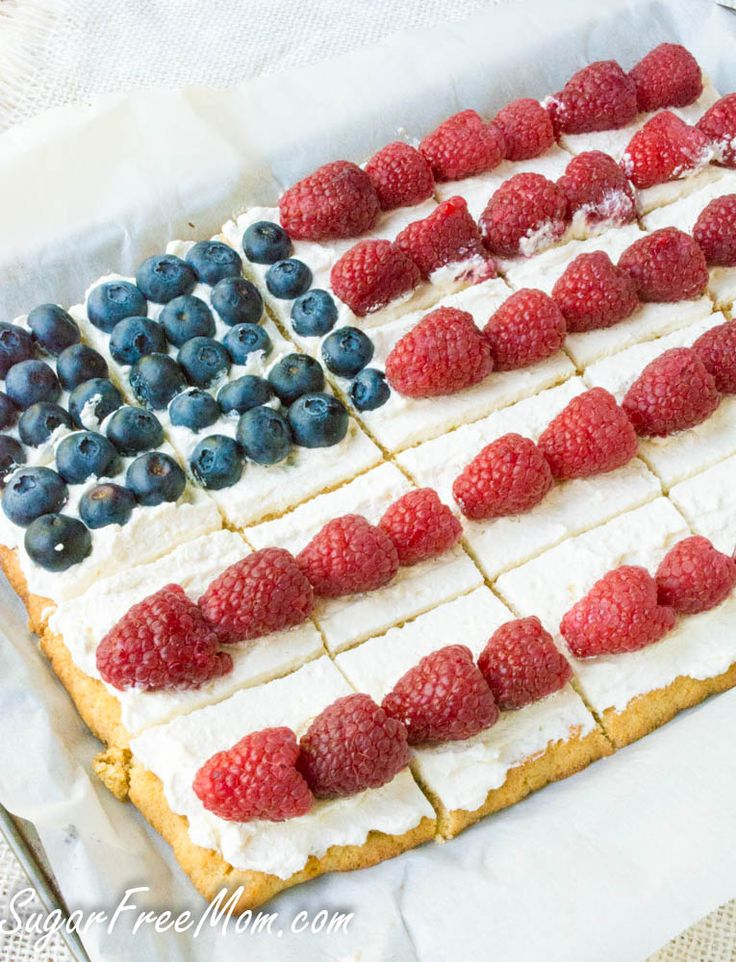 low carb patriotic dessert pizza