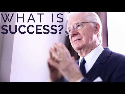 According to Earl Nightingale's definition, a success is anyone who is realizing a worthy predetermined ideal.So a success is the farmer who is growing crops because that's what he wants to do. A success is the entrepreneur who starts her own company because that was her dream. Click the video to hear more about What is Success? | Proctor Gallagher Institute #success #bobproctor #goals