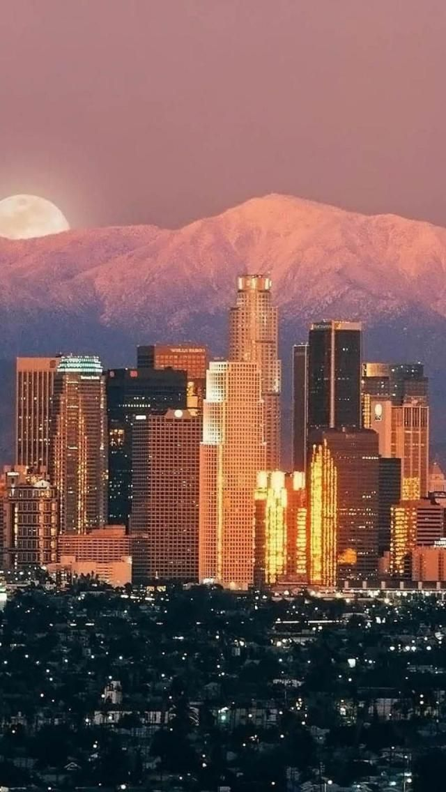 Sunrise, Los Angeles, California, United States.I want to go see this place one day.Please check out my website thanks. www.photopix.co.nz