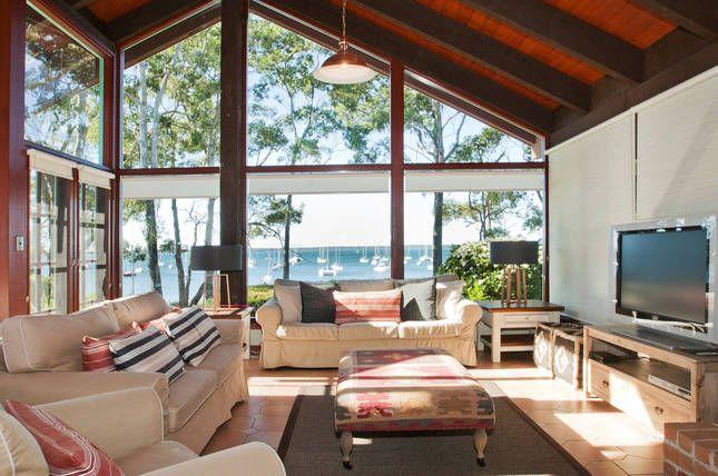 Izba | Callala Bay, NSW | Accommodation, sleeps 9 great location right on the beach